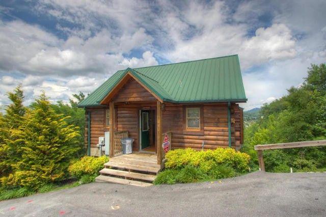 10 Cozy Log Cabins Under $200,000 | realtor com®