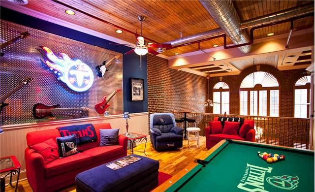 302e2302 This Tennessee Titans Tailgate Home Is Incredible | realtor.com®