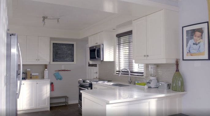 This kitchen was too small for a family of five.