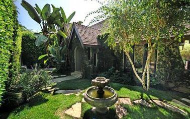John Krasinski Relists West Hollywood House (PHOTOS)
