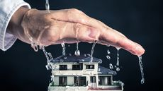 Does Homeowners Insurance Cover Water Damage and Roof Leaks?
