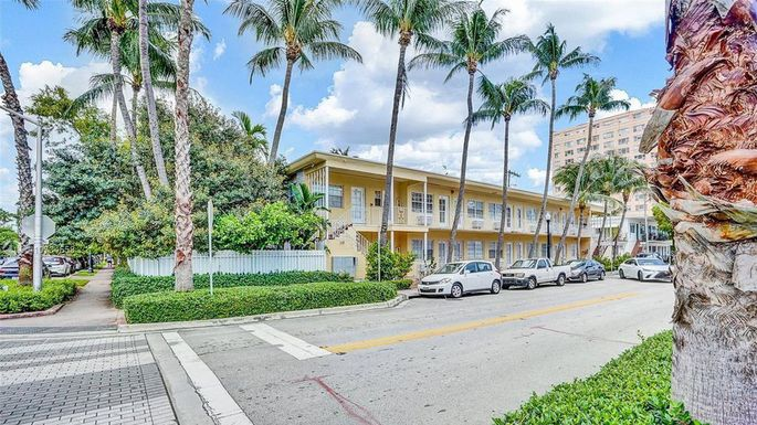 Apartment available in Miami listed for $129,000