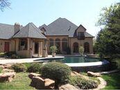 Oklahoma's Bob Stoops Sells Norman Estate
