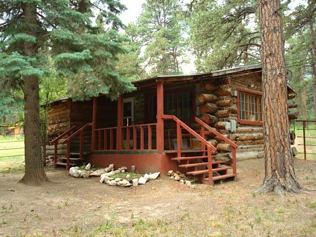 10 cozy log cabins under 200 000