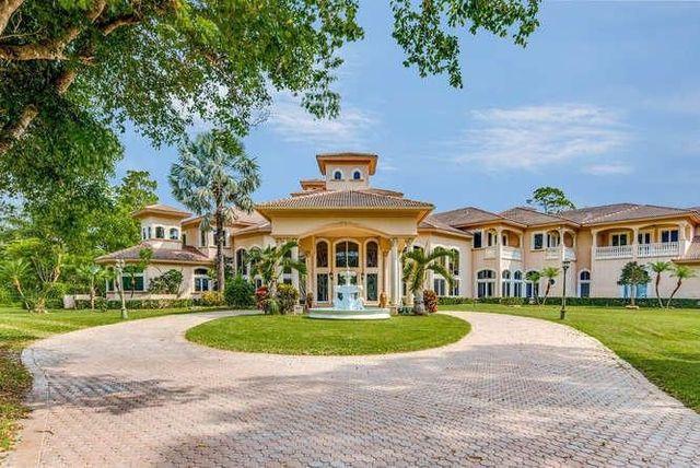 Boca Raton, FL estate exterior
