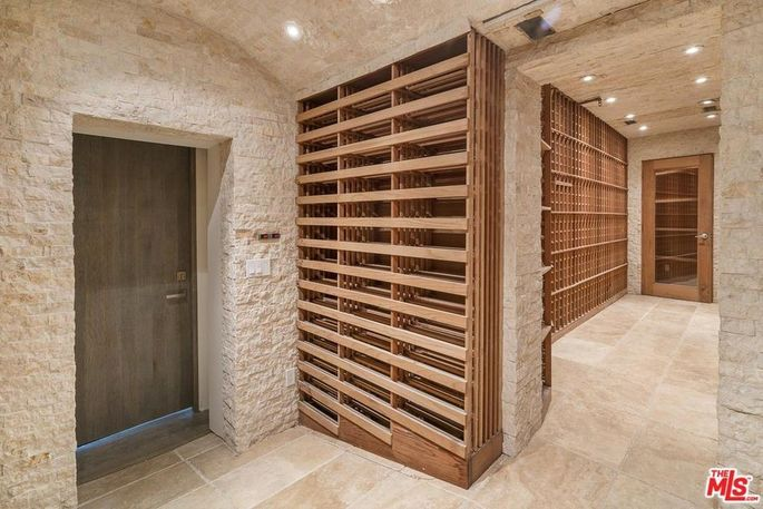 Wine cellar with adjacent humidor