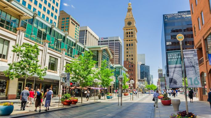 16th Street pedestrian mall in Denver, CO
