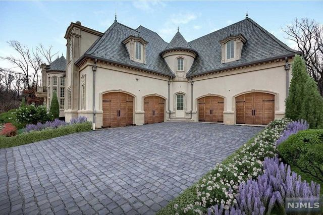 Ilya Kovalchuk Alpine, NJ mansion garage