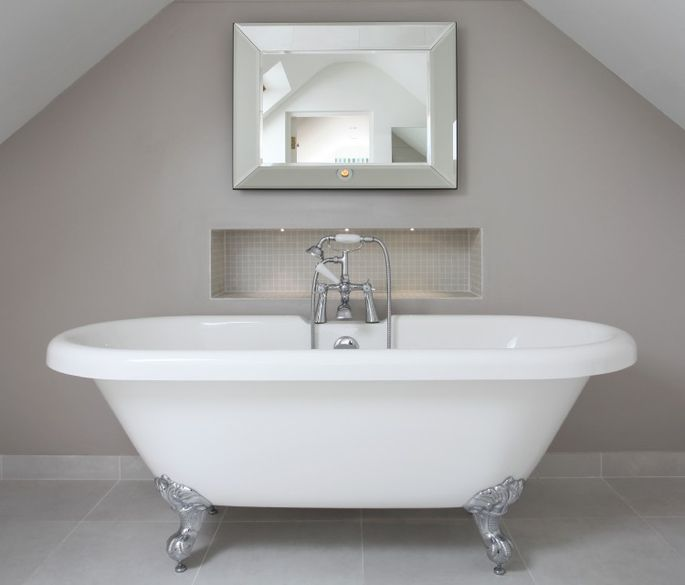 Should we install a tub in the master bath for resale for Bathrooms b q installation