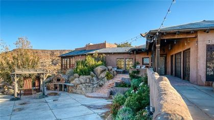 Le Haut Desert Aerie Is a Dreamy Joshua Tree Compound Listed for $4.45M