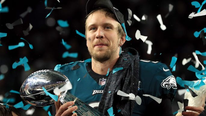 best loved f4e14 d4cbe Philly Special? Nick Foles Is Headed South and Selling ...