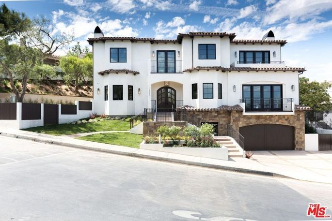 Serena Williams' new house in Beverly Hills, CA