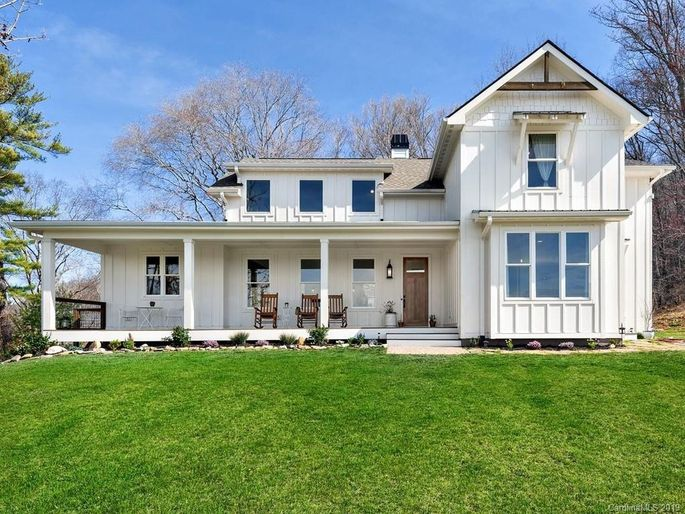 Just A Little Bit Country 9 Modern Farmhouses To Swoon Over Realtor Com