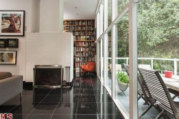 Staples Center Architect Lists Architectural Home in LA