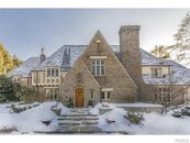 New NBC News Chief Andy Lack Selling Westchester Home