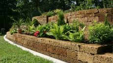 Building a Retaining Wall in Your Yard? 5 Mistakes That Could Cause a Collapse