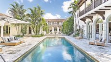 Palm Beach Lures Wealthy New Yorkers With Its Megamansions