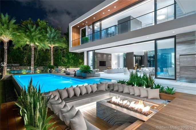 19 Palm Ave., Miami Beach, FL