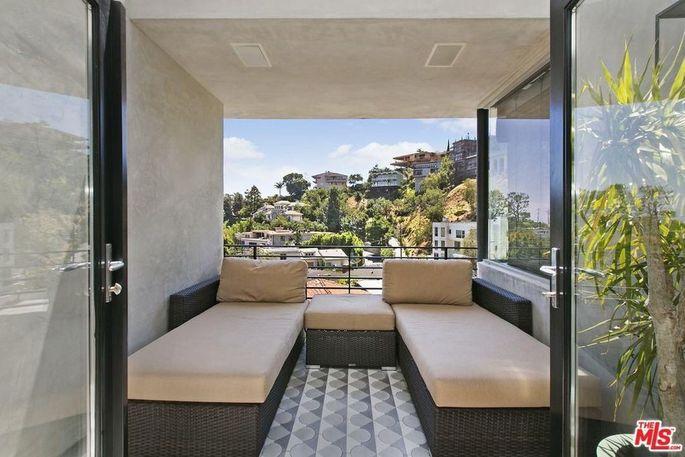Lounging balcony