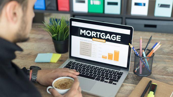 mortgage-computer-screen