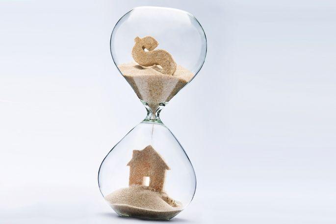 hourglass-house