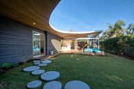 You Must Check Out This Cool Curvilinear Roof in Encinitas