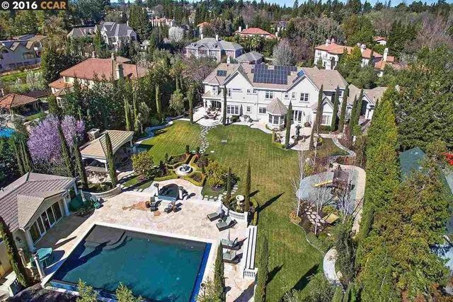 Steph Curry's current home in Alamo, CA