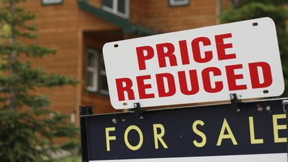 When to Cave: How Long Should You Wait Before Lowering Your Asking Price?