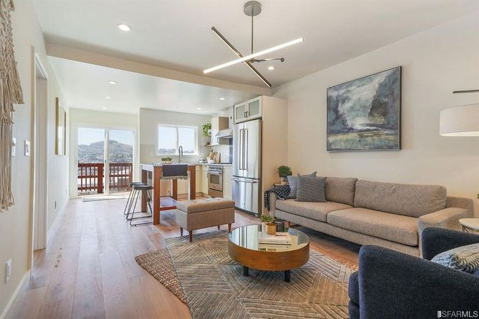 Three-bedroom in San Francisco's Excelsior for $988,000