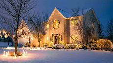 How to Decorate Your Home for the Holidays Without Hurting a Sale