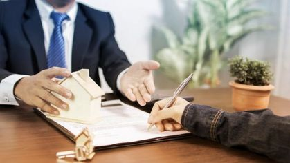 5 Questions to Ask Your Mortgage Lender Before Refinancing Your Home