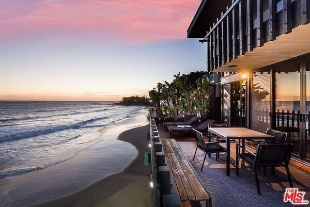Stephen Dorff's beach house