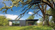 'Prefab Perfected': Skyline Ranch in Ukiah, CA, Is Modern and … Remote