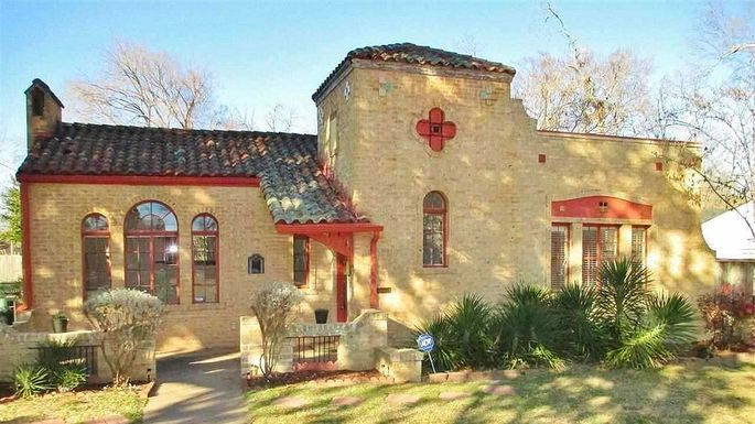 Tx Treasure Is One Of The Best Spanish Colonial Revival Homes