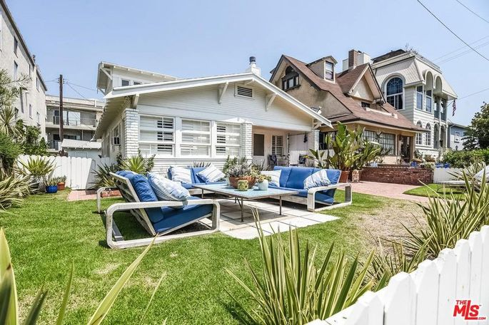 Venice beach bungalow for rent