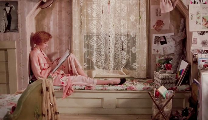 "Molly Ringwald's bedroom in ""Pretty in Pink"""