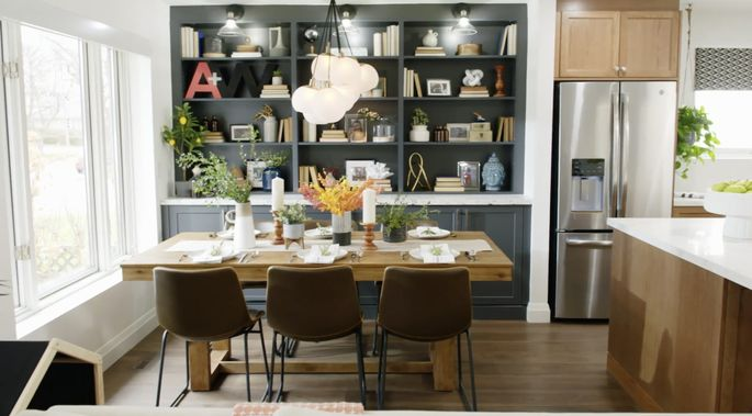 This kitchen table will be perfect for Adam and Waylon's growing family!