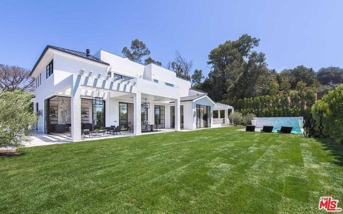 The Brentwood mansion James purchased in 2017