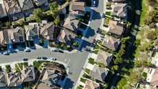 Pending Home Sales Fall on the Month, but the Midwest Is Hit the Hardest