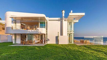 $75M Richard Meier-Designed Malibu Masterpiece Is Most Expensive New Listing