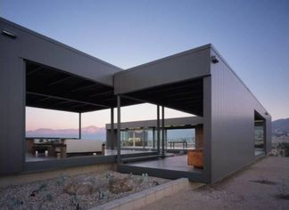 Marmol-Radziner Pre-Fab Desert Hot Springs Home (PHOTOS)