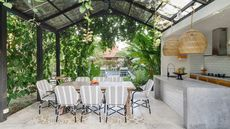 How to Dine Al Fresco Year-Round: 7 Outdoor Kitchen Design Tips for 2021