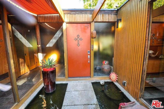Entry with koi ponds
