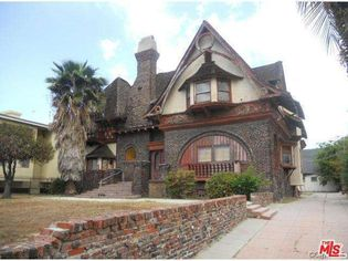 Historic Fitzgerald House in Los Angeles Needs a Renovation Specialist