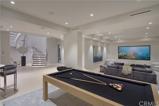 Game room with home theater