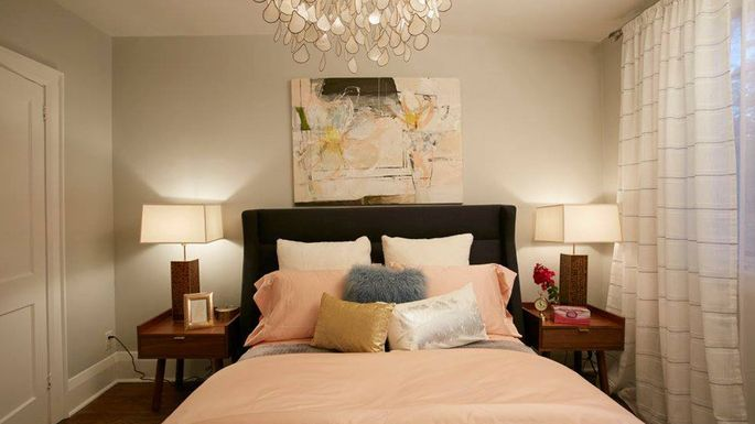 Bedroom with airy and open feel