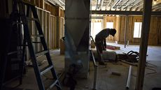 Home-Builder Confidence Soars to All-Time High Despite Rising Material Costs