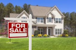 Just Like the Weather, New-Home Prices Are Beginning to Heat Up