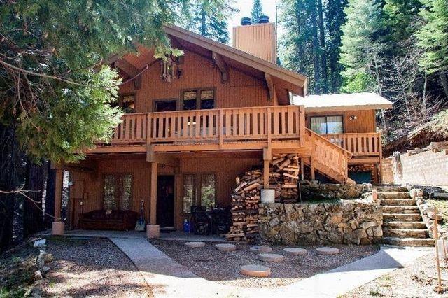 El Portal, CA cabin exterior