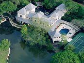Water Works: Four Houses With Wild Waterscapes (PHOTOS)